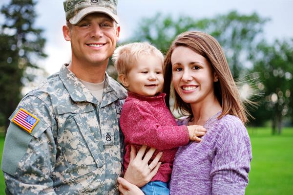 military-family-before-deployment_gc0yo4